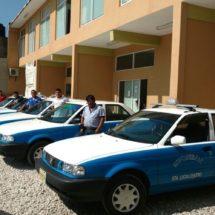 Operan con impunidad más de 700 taxis piratas en Oaxaca