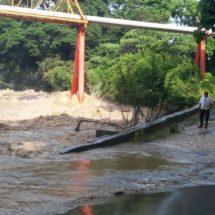 'Olvidan' autoridades afectación a puente