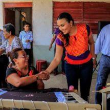 Impulsa Donovan el desarrollo de las mujeres con autoempleo en Tehuantepec