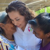 Agradece María Luisa Vallejo García gran labor de madres tuxtepecanas