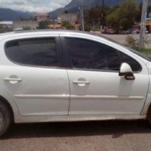 RECUPERA POLICÍA ESTATAL VEHÍCULO CON REPORTE DE ROBO EN SANTIAGO JUXTLAHUACA