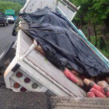 Deja «Calvin» daños a la infraestructura carretera en la Costa