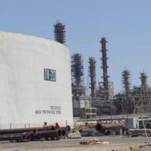 Refinería de Pemex en Oaxaca, importará 3.5 millones de barriles tras explosión