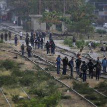 Denuncia Solalinde violación de derechos tras detención de migrantes en el Istmo
