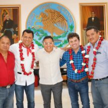 Brinda Diputado Samuel Gurrión atención Legislativa a familias de Santiago Tamazola