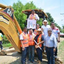 En beneficio de 100 habitantes… La Gloria recibe obra de ampliación de drenaje sanitario