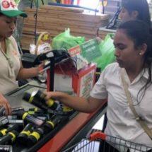 El error de una tienda les hizo perder casi 10 mil pesos en desodorantes