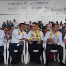Estamos trabajando en equipo a favor de los tuxtecanos: Fernando Bautista Dávila