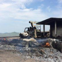 Turba prende fuego a maquinaria en San Dioniosio del Mar, Oaxaca
