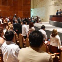Con productividad  legislativa, diputados le cumplen a Oaxaca