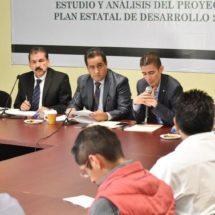 Analizan diputados Plan Estatal de Desarrollo en materia de política interna
