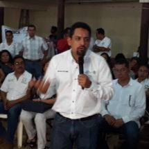 Dan oportunidad de conseguir trabajo a jóvenes Tuxtepecanos en la feria del empleo