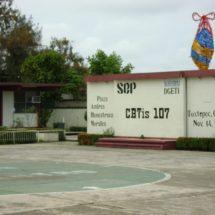 Con júbilo inician clases 750 alumnos en el CBTIS