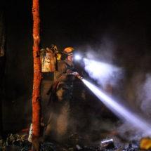 Arde casa en Monte Blanco