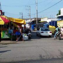 Se debe conseguir un terreno y reubicar a los comerciantes ambulantes: Presidente de colonia centro