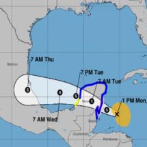 La tormenta Franklin se fortalece y puede llegar casi con fuerza de huracán a México