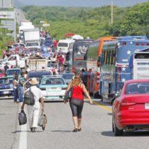 Presionan a Pemex con bloqueo carretero en el Istmo, Oaxaca