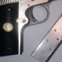 POLICÍA ESTATAL DETIENE A JOVEN CON PISTOLA CALIBRE 380 EN ASUNCIÓN IXTALTEPEC