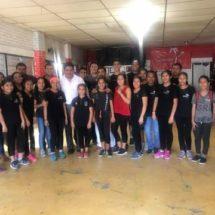 Convive Diputado Irineo Molina con jóvenes del club de danza Teocalli