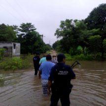 Apoya Gobierno de Dávila a familias afectadas por las lluvias