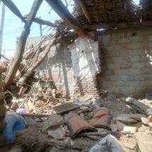 Afectados por el sismo exigen a las autoridades salvar sus viviendas y no derribarlas