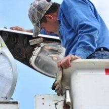 Presidente de colonia centro no ha dado los puntos para instalación de lámparas: Servicios municipales