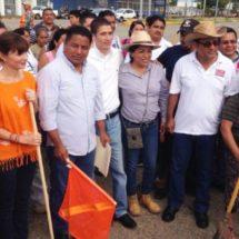 Fernando Dávila logra reunir diferentes sectores en Tequio del Muro