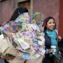Una investigación acusa al gobierno mexicano de desviar más de 400 millones de dólares