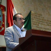 Pide HAM a SINFRA y Presidentes Municipales, agilizar trabajos de pavimentación y bacheo