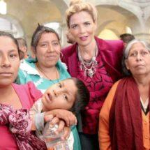Ivette Morán realiza entrega de apoyos funcionales en el estado de Oaxaca