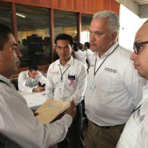 Recibe el gobernador proyectos que el presidente Víctor Raúl le presentó para beneficio de Jacatepec