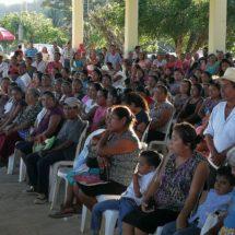 Lleva Gabriel Cué servicios del Gobierno Federal y de Oaxaca a comunidades de la Cuenca