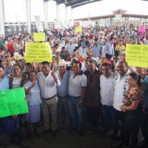 Realiza Dávila 5 mil 822 acciones de piso y techo firme en Tuxtepec