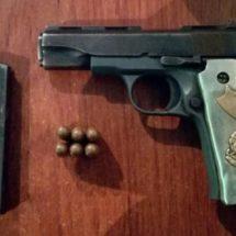 En pleno centro de Tuxtepec atrapa la Policía Estatal a dos armados