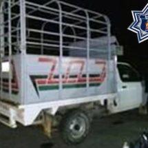 Policía estatal asegura dos camionetas de dudosa procedencia