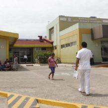 Paran labores en el hospital de Tehuantepec, Oaxaca