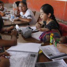 Siguen sin clase 100 mil niños en Oaxaca
