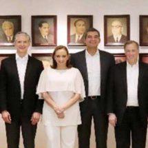 Tras registro, Meade dialoga con gobernadores del PRI y PVEM