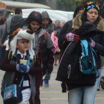 A pesar de intenso frío, escuelas de Nuevo León siguen abiertas