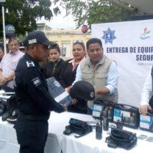 Reconoce Fernando Bautista Dávila el trabajo de los policías.