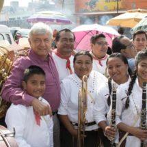 AMLO niega vínculo con políticos de Venezuela