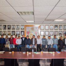 Salud y mejoramiento de caminos, temas urgentes para la Mixteca: Jesús Romero