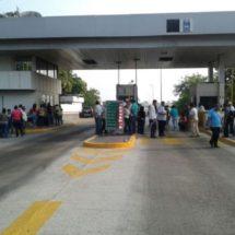 Las manifestaciones y bloqueos a la ciudad producen perdidas a comerciantes