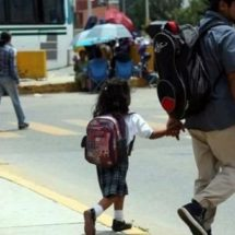 Siguen sin clases 40 mil niños en Oaxaca