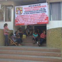 Continúa paro en hospital y centros de salud en Pinotepa Nacional