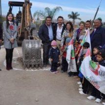 Raúl Cruz amplia red de drenaje sanitario, en beneficio de los habitantes de Santa Lucía del Camino.