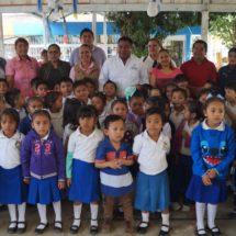 Gobierno Municipal aporta para mejorar escuelas de Tuxtepec: Dávila