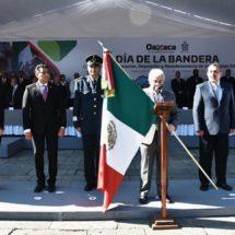 Participa Poder Legislativo en el Día de la Bandera