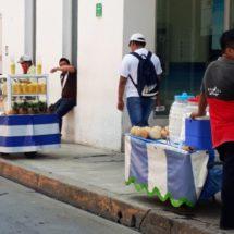 Vendedores ambulantes de carretilla serán movidos por la dirección de comercio
