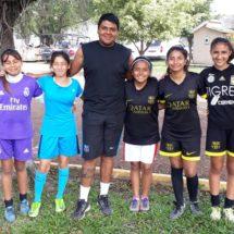 Selección de futbol femenil Tuxtepec participarán en olimpiadas regionales